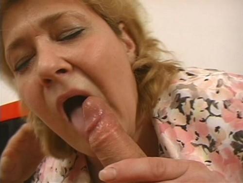 Жирные бабы глотают порно фото 34-292
