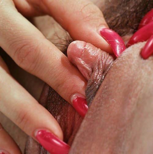 stor klitoris erotisk historie