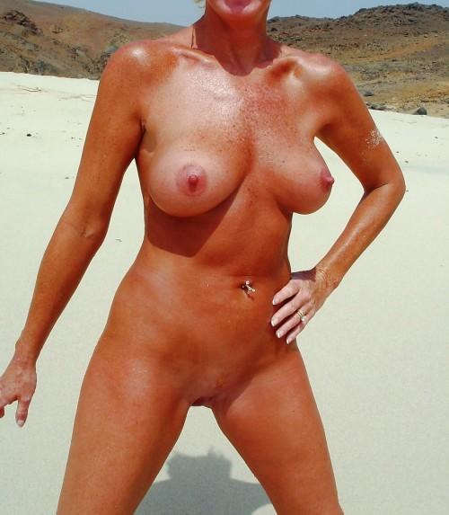knulla på stranden