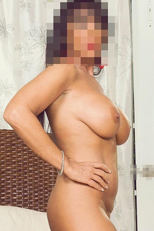 härliga bröst