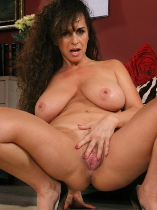 Tilfredsstille kvinnen snapchat nakenbilderrge
