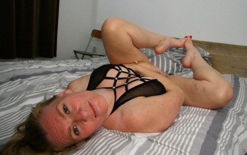 En naken kåt kvinna