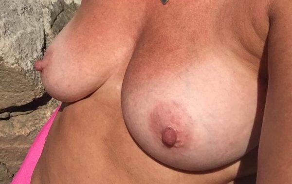 Fredrikas läckra bröst